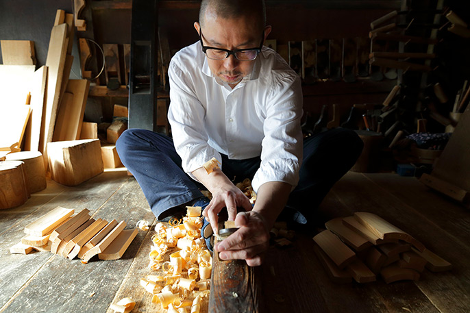 Drawing out the hidden beauty in timber