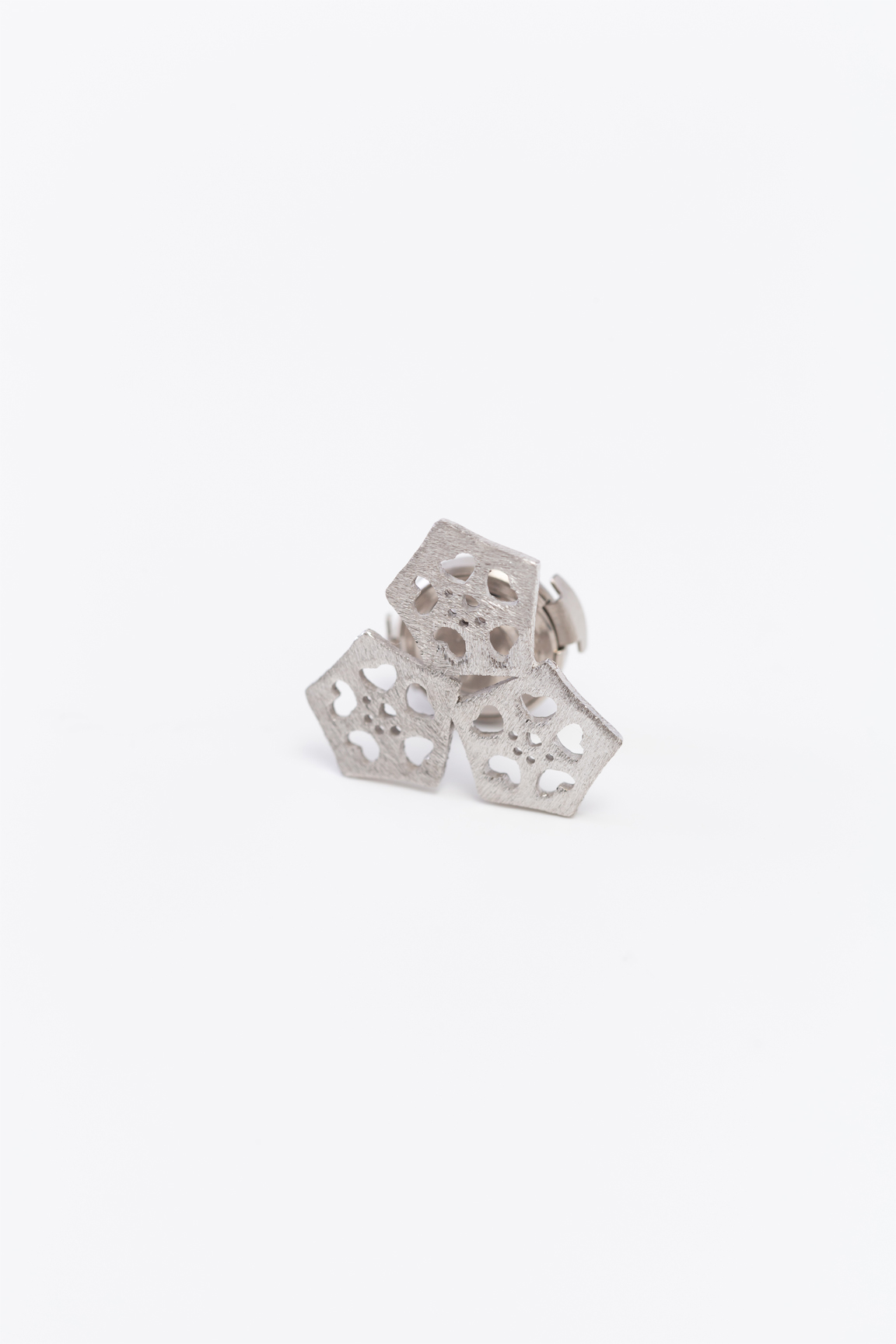 Okra_pad pin broach(silver) (3Okra)