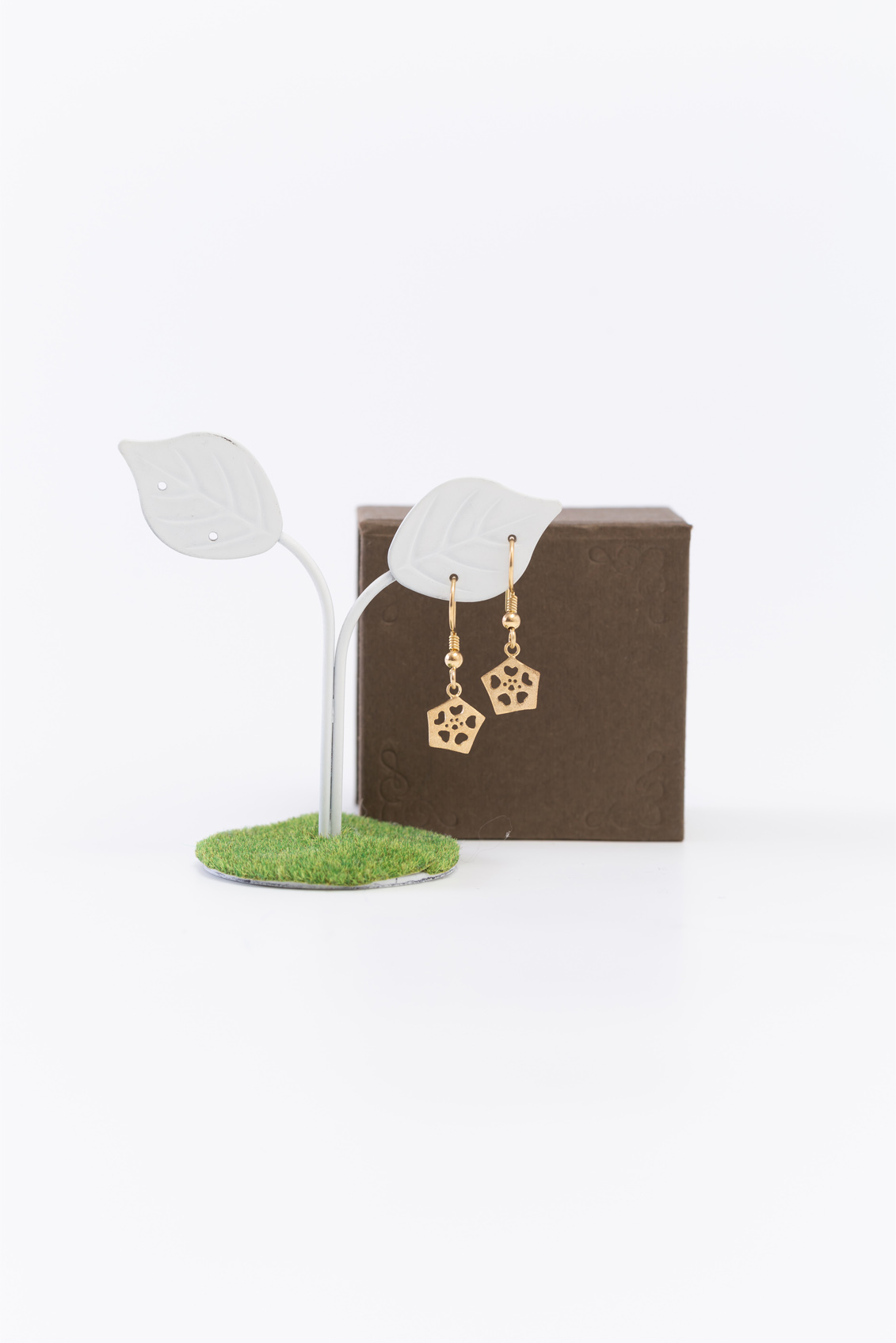 Okra_Earring(gold) (hook type)&box