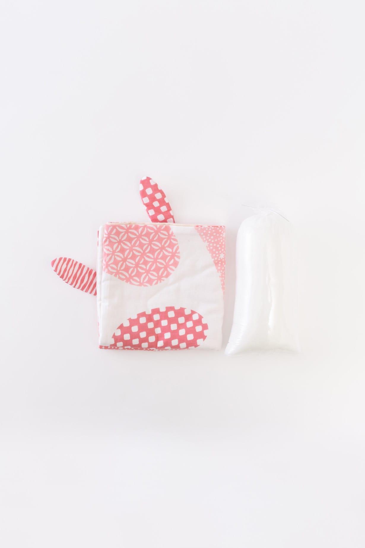 うさぎ(ピンク)手拭と中綿