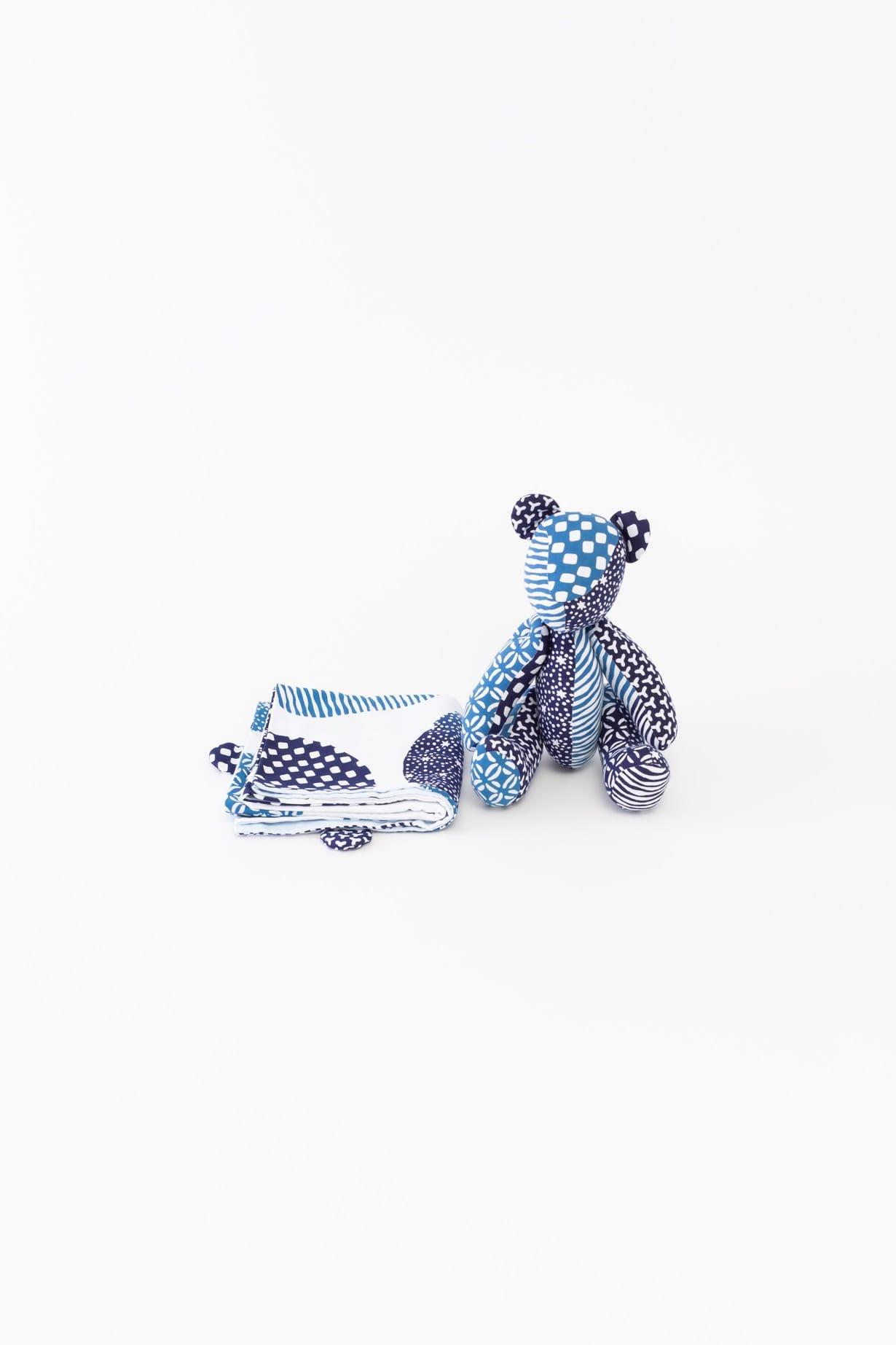 くま(ブルー)手拭と人形